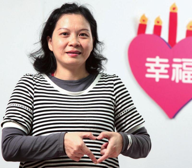 印尼媽媽邱喜春 記帳抓漏3年存20萬元